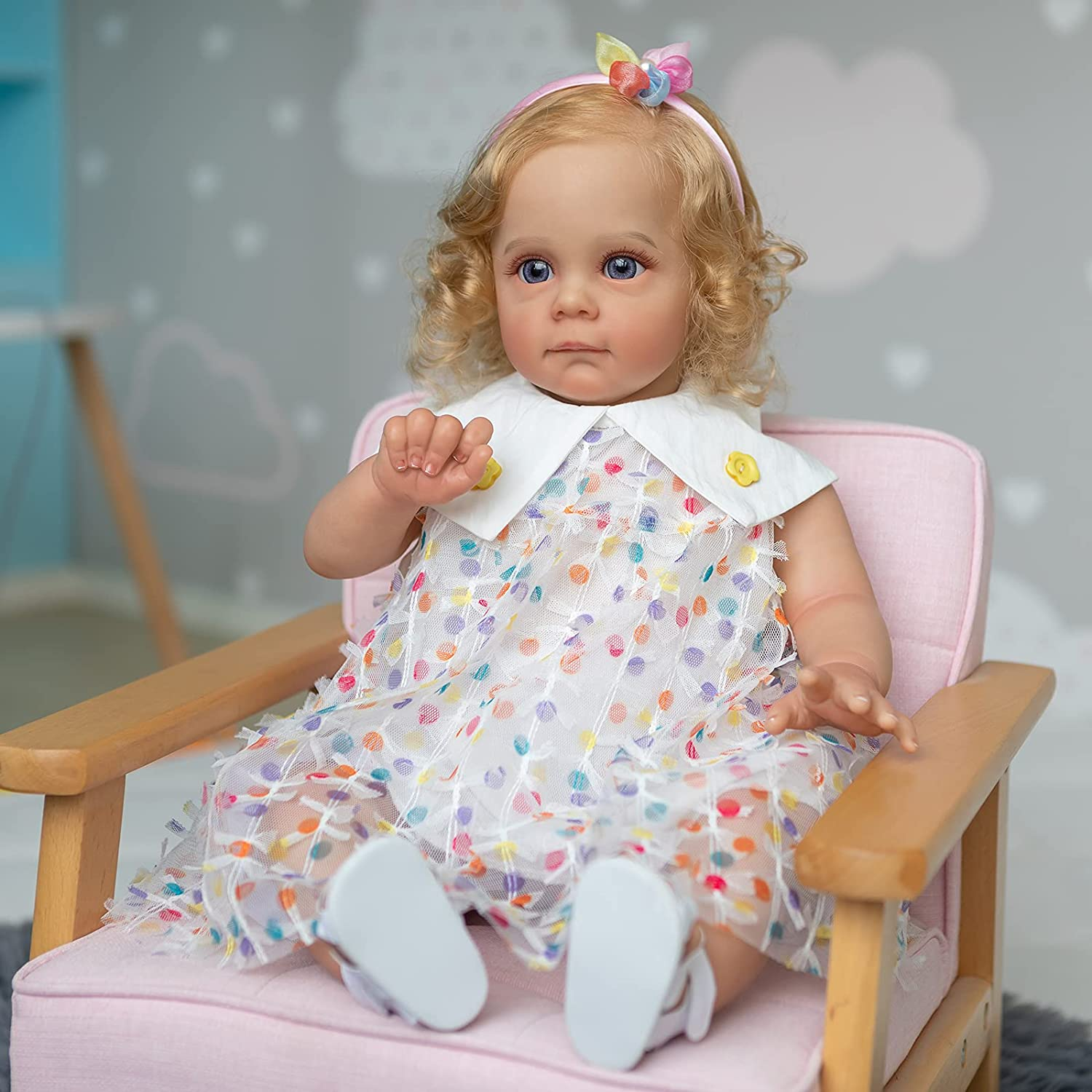 Pinky Reborn 60CM Reborn Baby Dolls Handmade 24inch Reborn Toddler Maggie Detailed Lifelike Painting Rooted Long Curly Hair Collectible Art Doll